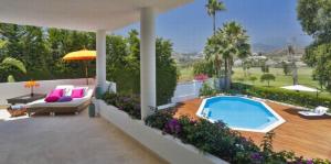 Frontline Golf Villa, Los Naranjos
