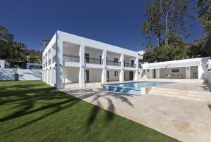 Las Brisas, Nueva Andalucia, Marbella Direct