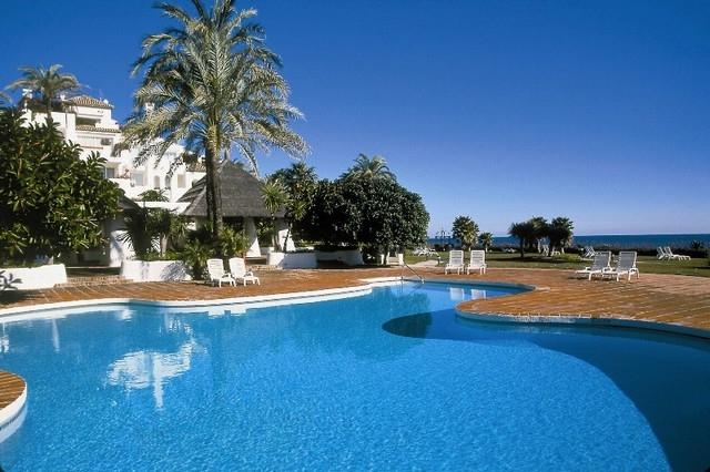 Luxury Modern Estepona Apartment