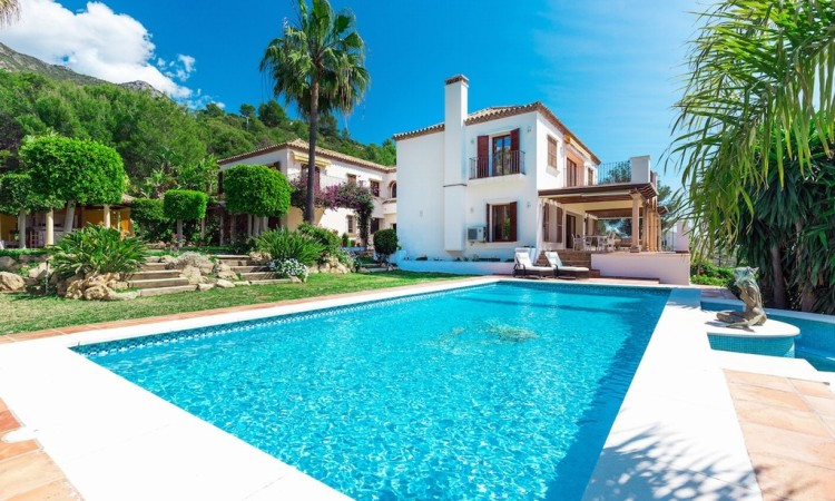 SIERRA BLANCA VILLA FOR SALE